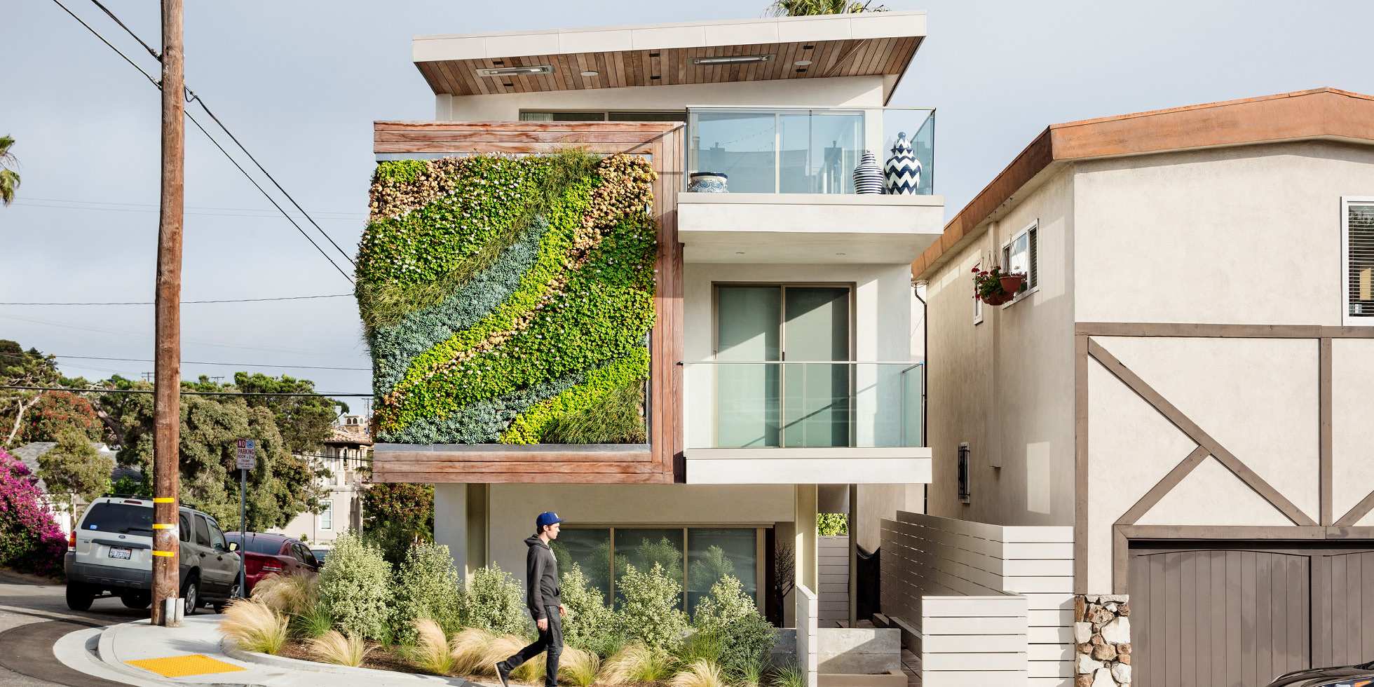 1111 Highview Living Wall by Habitat Horticulture - View 3