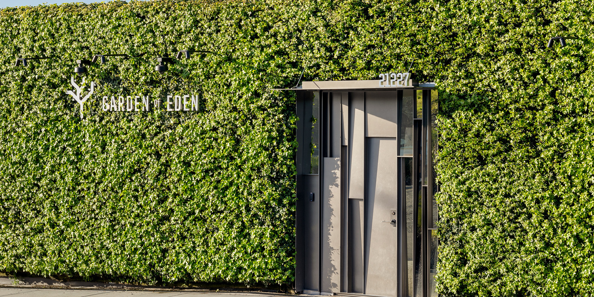 Garden of Eden Living Wall by Habitat Horticulture - View 2