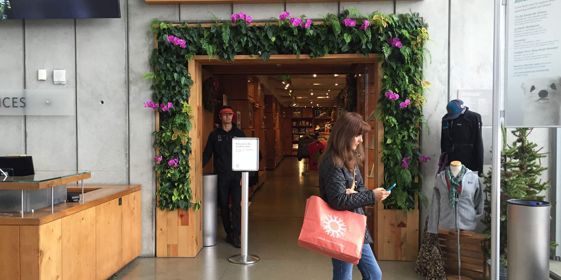California Academy of Sciences - Museum Store Living Wall by Habitat Horticulture - View 1